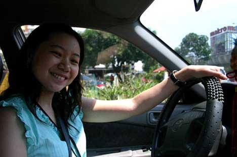 woman-driver.jpg